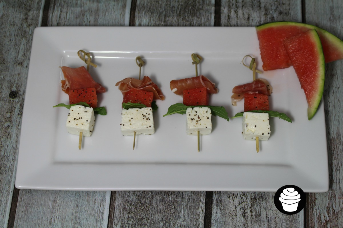 Watermelon, ham and cheese canapé